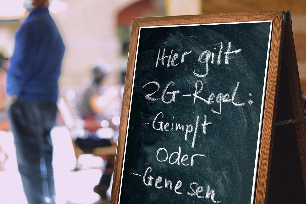 """2G-Regeln in Deutschland Der """"legale"""" Faschismus der Bundesregierung?"""